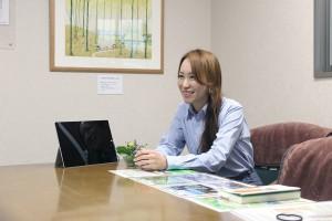常務取締役の石坂靖子さん